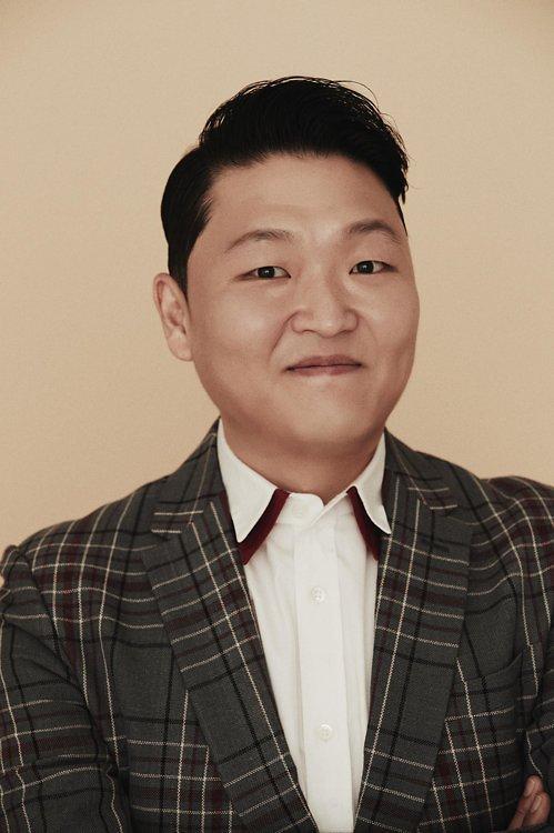韩警方传唤PSY调查YG娱乐色情招待疑惑