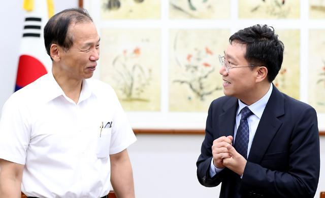 """양정철, 강원연구원과 정책협약 """"분단 아픔, 평화 마중물로"""""""