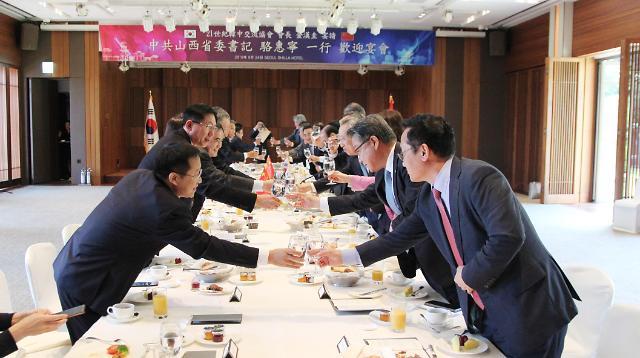 21世纪韩中交流协会设宴欢迎山西省委书记骆惠宁一行