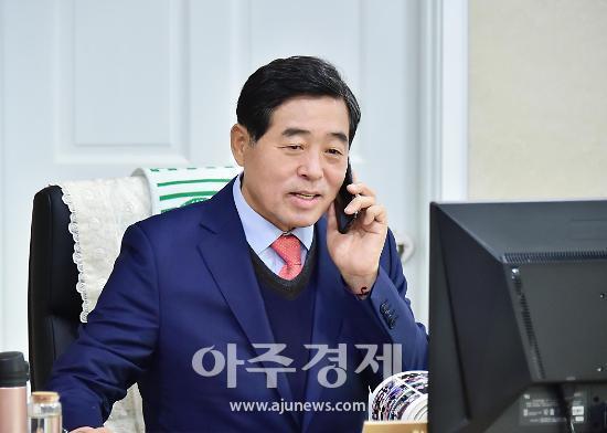 """윤화섭 안산시장 """"수돗물 수질사고 불편 해결 행정력 총동원하겠다"""""""