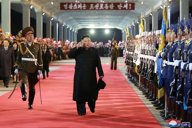 """푸틴 만난 김정은, 비핵화 상응조치 직접 언급…""""핵심은 대북 안전보장"""""""
