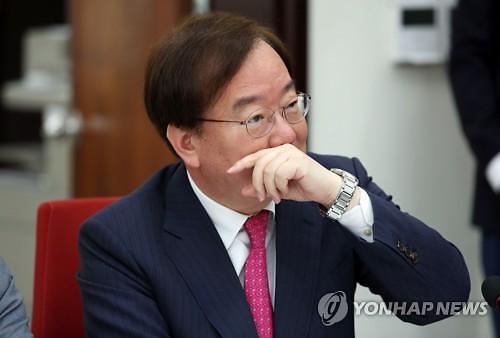 """강효상 """"트럼프·김정은 DMZ 회동 어렵다"""" 빗나간 예측"""
