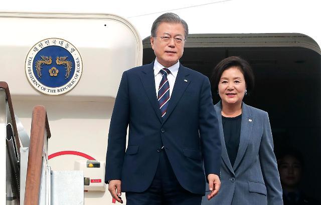 韩国总统文在寅今日休假一天