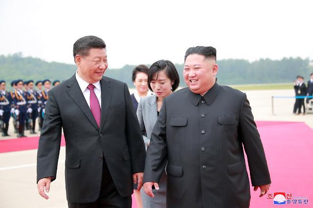 """""""시진핑, 트럼프에 적절한 시기 대북제재 완화 필요 언급"""""""