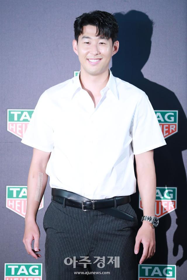 [포토] 손흥민, 이해할 수 없는 벨트 패션 (태그호이어)