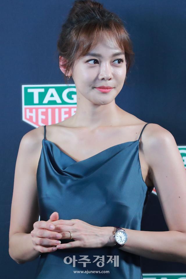 [포토] 안현모, 슬립 드레스로 우아하게 (태그호이어)