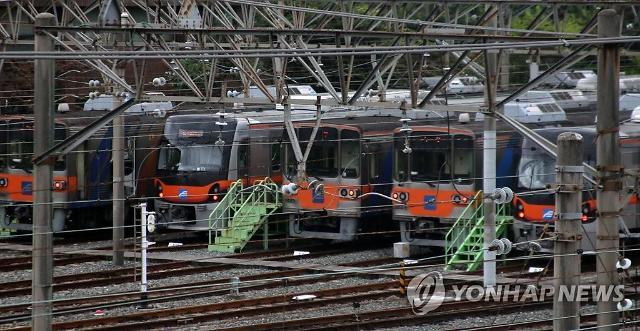"""부산 지하철(도시철도) 파업 소식에 부산 시민들 """"버스 타고 말지"""""""