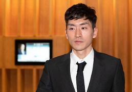.韩国速滑名将李承勋殴打队友被禁赛一年.