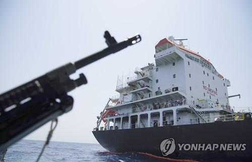 같이 지키자..美, 호르무즈 해협 보호 위해 군사연합 결성 검토