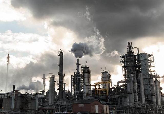 화학업계, 미중무역 갈등 그림자에 2분기 실적 먹구름