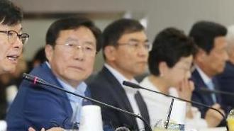 """김상조 정책실장 """"중소기업 정책은 유연성보다 일관성이 중요"""""""