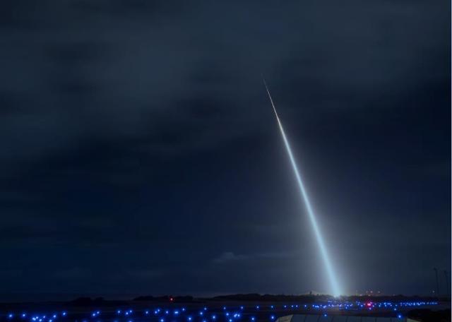 驻韩美军首次正式承认朝鲜火星-15可以打击美国全境