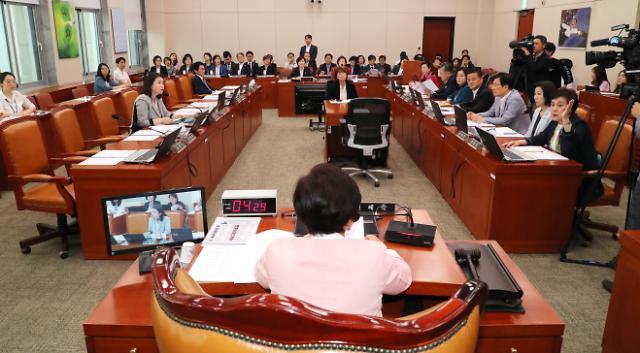 [20대 국회 결산] 초재선·여성 의원, 법안실적·출석률 가장 높았다
