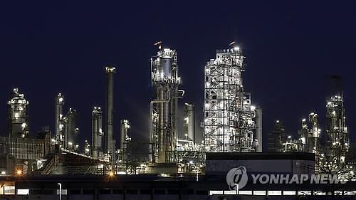 [국제유가] OPEC, 내년도 원유수요 감소 전망...국제유가 소폭하락 WTI 0.18%↓