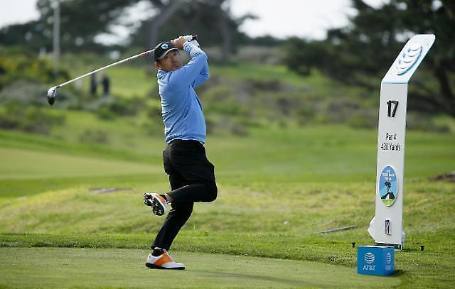 최호성, '낚시꾼 스윙'으로 첫 '이글'…PGA '컷 통과' 기대