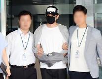 性的暴行の容疑で令状実質審査を受けた俳優カン・ジファン、「被害者たちに申し訳ない」
