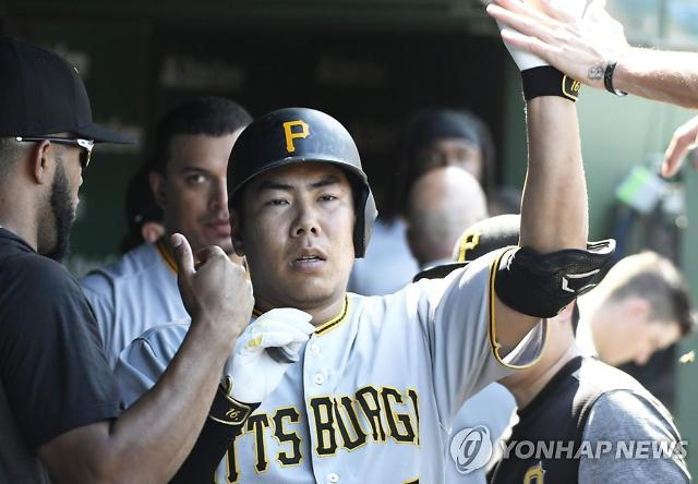 강정호, 후반기 첫 출전서 '홈런포'…멀티히트로 타율 0.179↑