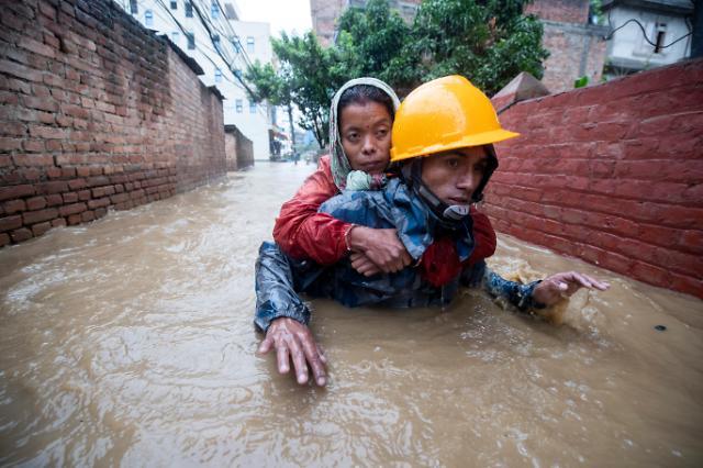 [슬라이드 화보] 몬순 폭우가 덥친  네팔...사망, 실종 피해 속출