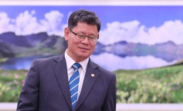韩统一部长官就职百天韩朝关系原地踏步