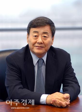 김준기 전 동부그룹 회장, 가사도우미 성폭행 혐의 피소