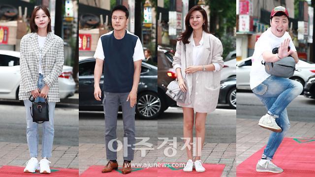 [슬라이드 화보] JTBC 월화드라마 바람이 분다 종방연, 배우들의 패션은?