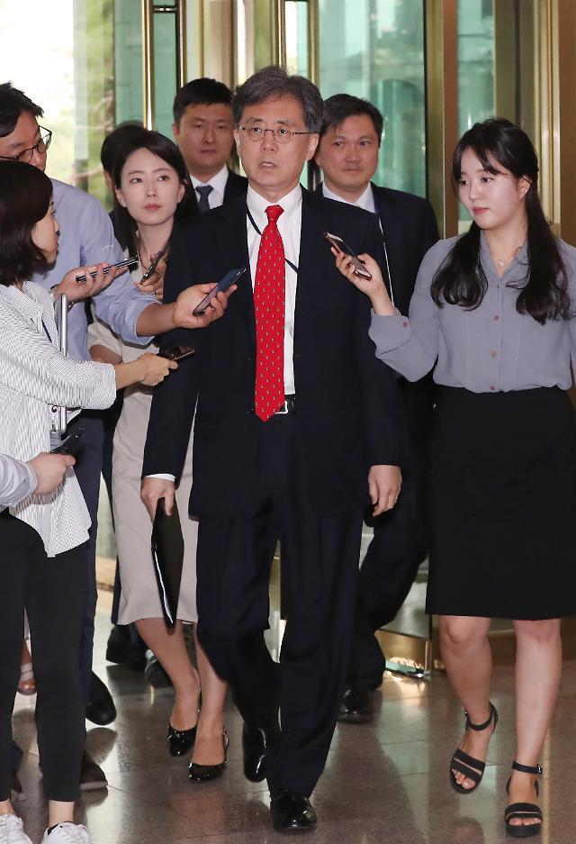 """김현종, 美스틸웰과 회동…""""우리 입장 설명이 부탁보다 중요"""""""