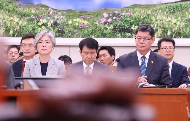 외통위, 日 경제보복 규탄 결의안 채택 무산…여야, 이견 보여