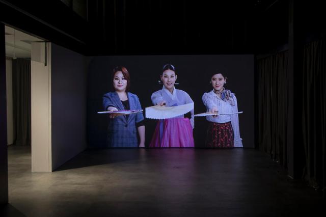 국립현대미술관 그럼에도, 역사는 계속된다 홍콩 교류전