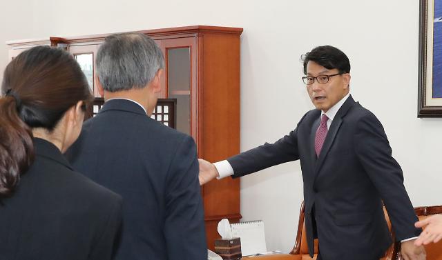 토론회·외교전 한일 갈등 풀기위해 전방위로 뛰는 한국당