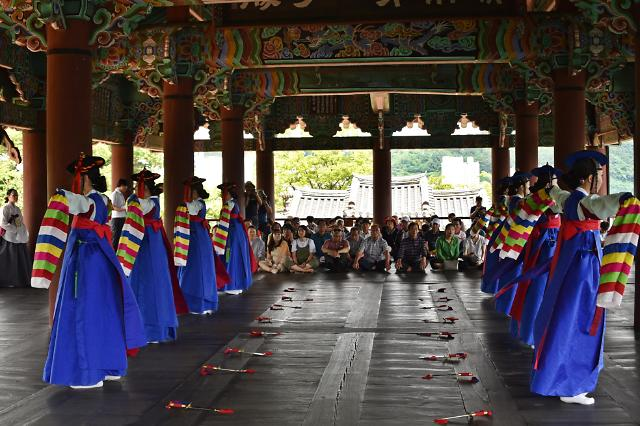진주 검무·통제영 12공방 등 문화유산 체험여행으로 깊은 여운