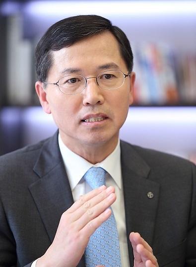임영진 신한카드 사장 임직원에 심기일전 주문