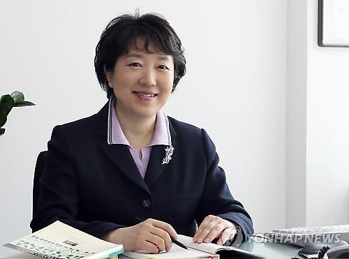 검찰 '수차례 무혐의 처분' 끝에...황선혜 전 숙명여대 총장, 결국 교비 유용 혐의로 재판에