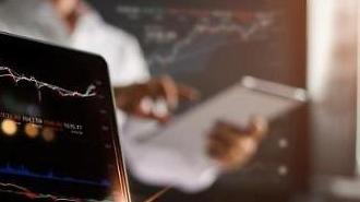 Cổ phiếu nhóm bán dẫn giảm… Chi cổ tức có thể giảm