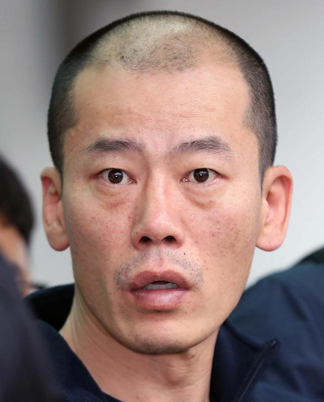 '아파트 방화살인범' 안인득, 국민참여재판 받는다...창원지법 사건 받아