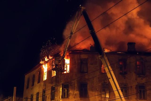 천안 두정동 8층 사우나에서 화재 발생