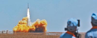 中 민간기업 자체 로켓 발사 첫 성공...궤도 진입