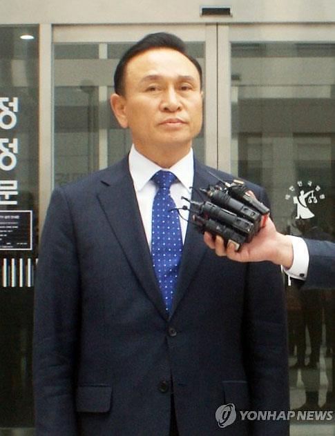 '매관매직' 구본영 천안시장, 2심서도 벌금 800만원...당선무효형