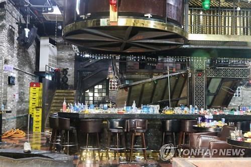 광주 클럽 붕괴로 2명 사망…수영대회 외국인선수 8명 부상(종합)