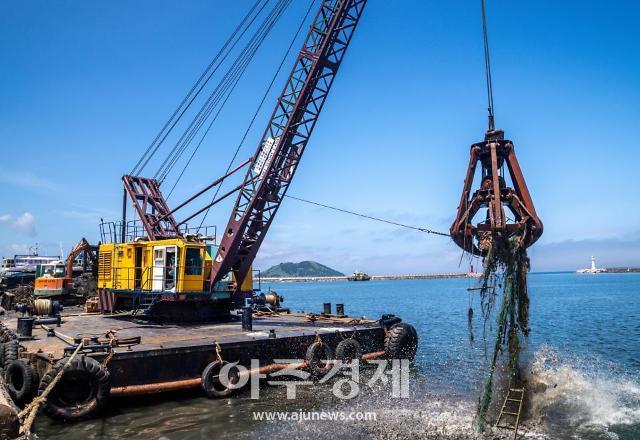 전국 주요 항만, 972t 해양폐기물 수거 시작