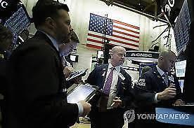 [全球股市]特朗普决定征收中国产品关税 纽约股市下跌道琼斯1.05%下跌