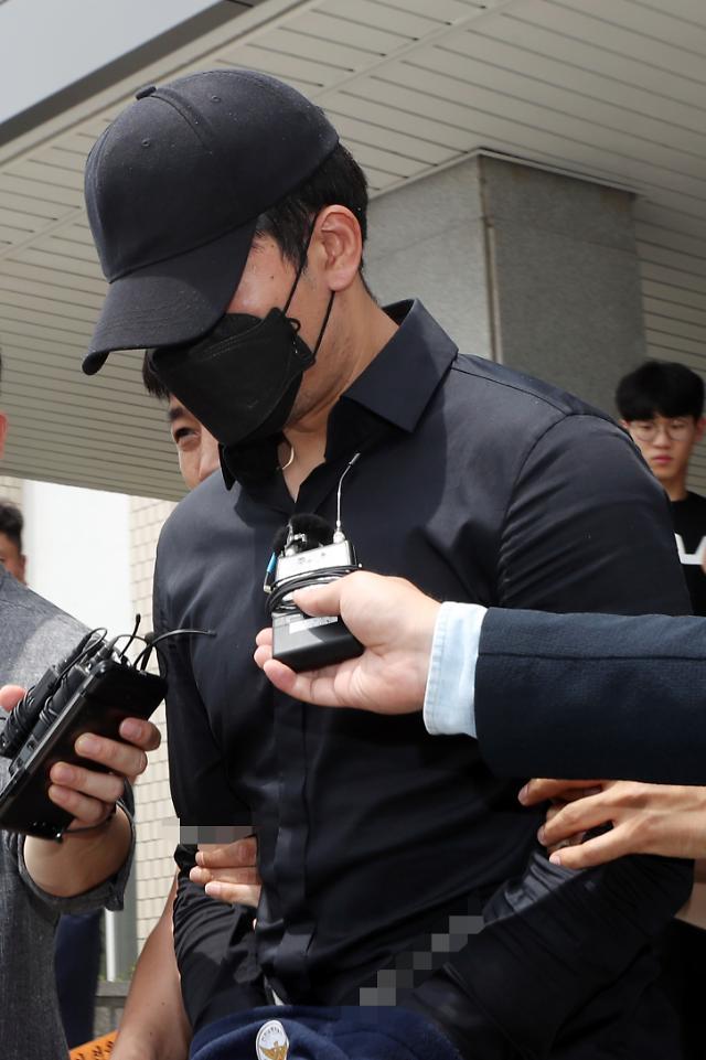 '길거리 음란행위' 정병국 전 프로농구 선수, 기소의견으로 검찰 송치