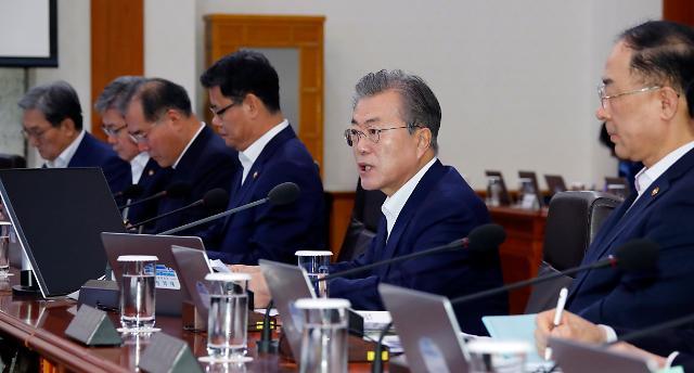 """[일본2차경제보복] 文대통령 """"日, 외교적 노력 거부...전적으로 일본 책임""""(2보)"""