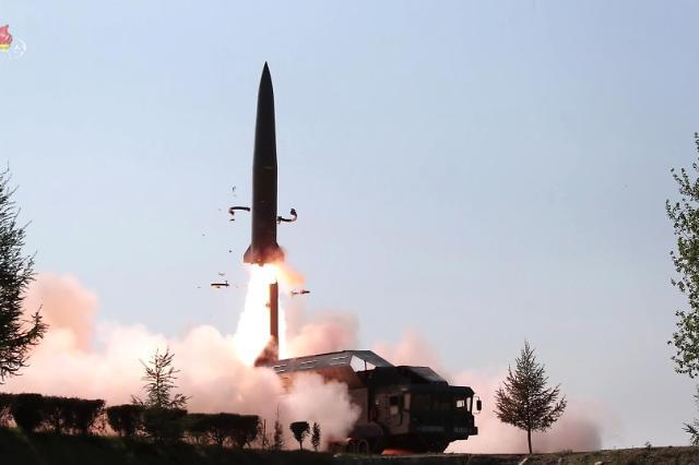 韩军:朝鲜日前所射导弹与5月射弹参数相似