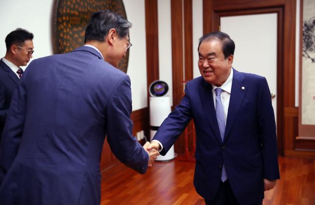 문희상 의장, 日의회·아베정부에 '수출규제 철회' 결의문 송부