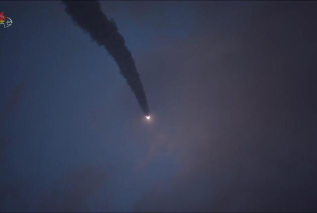 朝鲜今晨从西部地区向东海发射不明飞行器