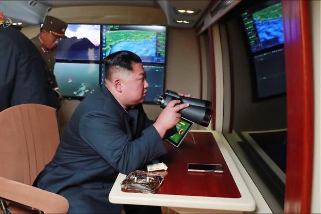 朝媒称昨射新型战术制导武器