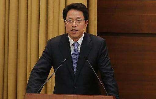 """중국 홍콩책임자 """"홍콩 반환 이래 최대 엄중한 국면"""""""