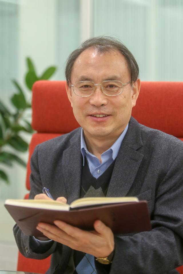 자유를 외치는 홍콩, 자유를 내치는 한국