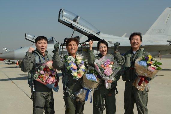 공군, 창군 70주년 맞아 FA-50 탑승할 국민조종사 7인 선발