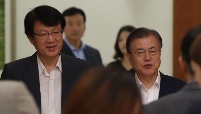 [한국갤럽] 문재인 대통령 지지율 47%…민주 41% > 한국 18%